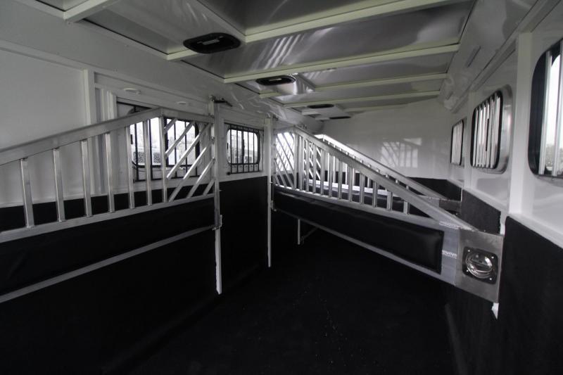 2021 Trails West CLASSIC 4 HORSE TRAILER - ESCAPE DOOR - SUPER TACK 5x10 w/ DOUBLE DOOR -