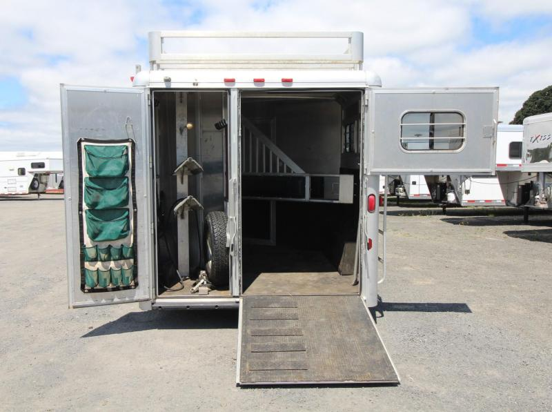 2000 Hart 8FT sw Living Quarters 2 Horse Trailer - GENERATOR AND MORE