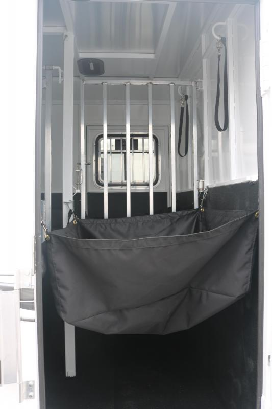 2022 Trails West Royale Plus Straightload - Bench Style Water Tank - Escape Door - Drop Down Windows & Bars - LED Load Lights