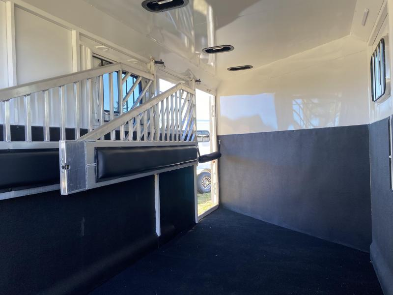2022 Trails West Classic BP 3 Horse Trailer-Convenience Package-Rubber Floor Mats-Side Escape Feed Door