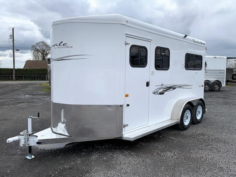 2020 Trails West Royale SxS Tack Room Conv. Pkg 2 Horse Trailer