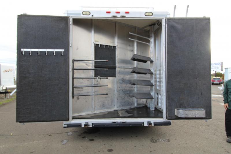 2005 Cimarron  4 Horse Reverse Load 12' SW Living Quarters-Generator-Hay Rack-Mangers