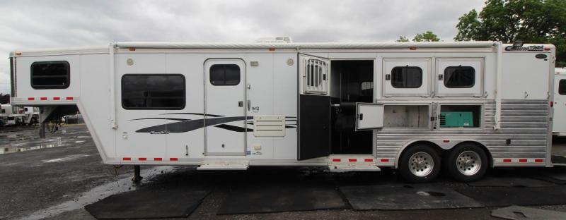 2006 Cimarron 14ft sw Living Quarters 3 Horse Trailer w/ Generator PRICE REDUCED