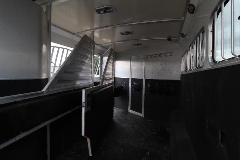 2006 Cimarron 14ft sw Living Quarters 3 Horse Trailer w/ Generator PRICE REDUCED