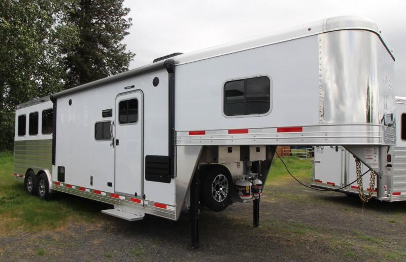 2021 Exiss ENDEAVOR 8310 3 HORSE TRAILER- SLIDE OUT - EASY CARE FLOOR