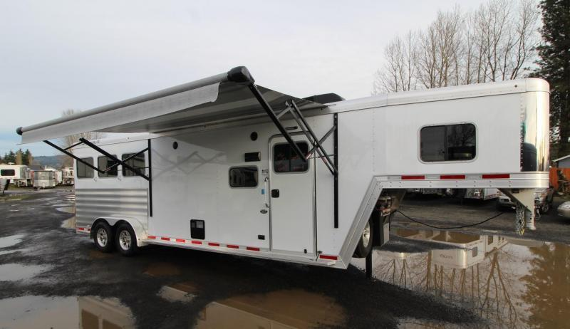 2020 Featherlite 7841 - Liberty 10' sw Living Quarters 3 Horse Trailer - Easy Care Flooring - PRICE REDUCED $500