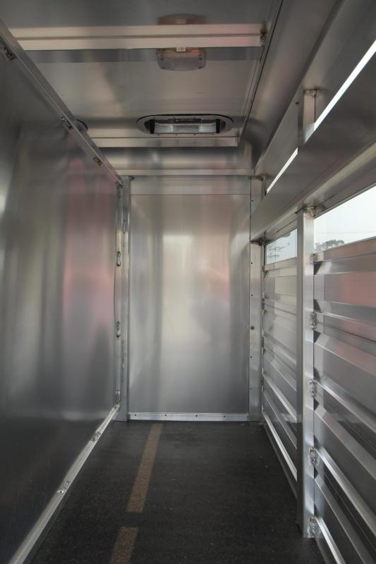 "2020 Exiss Pig- Sheep- Dog- Goat Truck Box 5'6"" x 4' x 3'6"" - All Aluminum Construction -  Two Handles on each Side - Air Gaps with Removable Plexiglas"