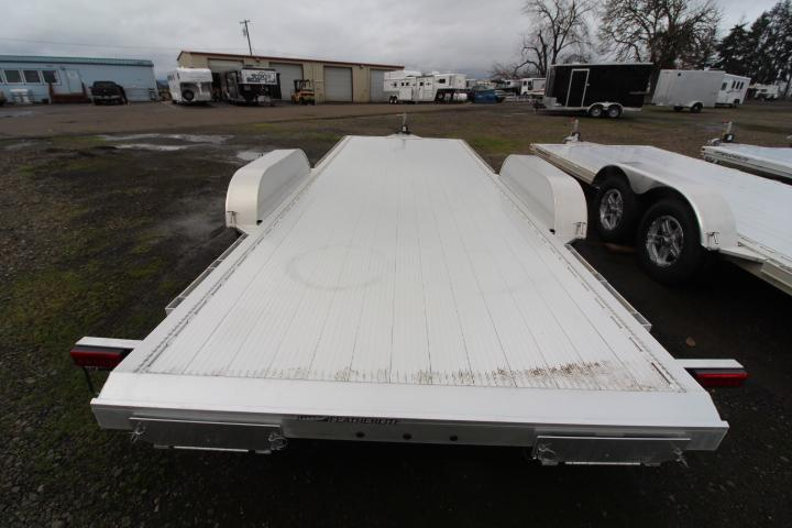 2021 Featherlite 3182 - 20ft Flat Bed Car Trailer-Ramps-Removable Fenders-Airliner Track