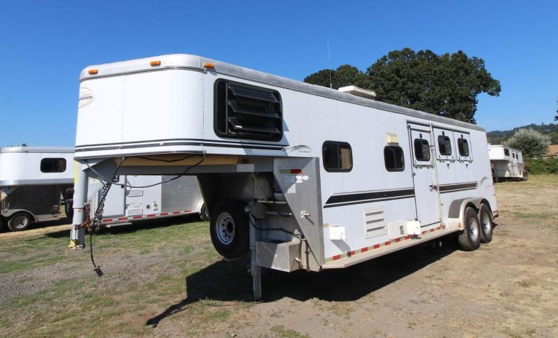 2000 Sundowner TRAILBLAZER II 3 HORSE TRAILER LIVING QUARTERS