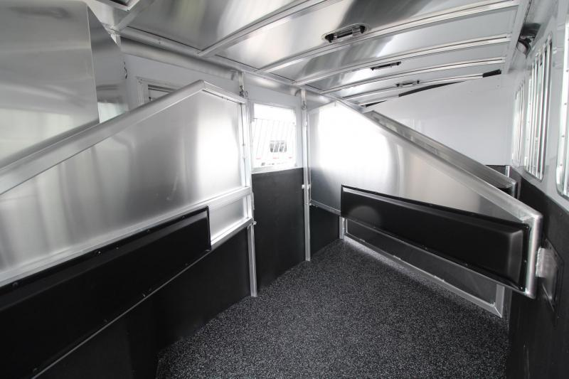 2019 Exiss 7400 - PRICE REDUCED $1500 Easy Care Flooring - Aluminum 4 Horse Trailer w/ LARGE Dressing Room - Rear Tack