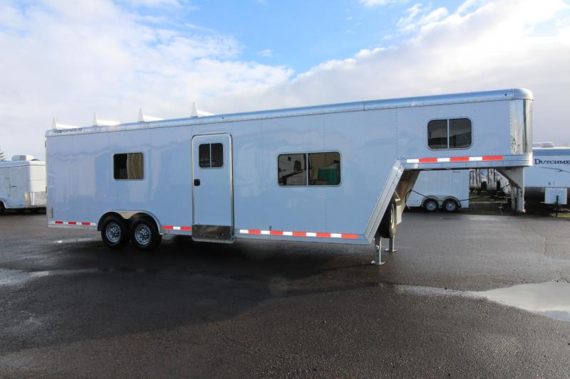 2014 Featherlite 4941 26' Custom Toy Hauler - All Aluminum - Set for Living Quarters - Unique Trailer Check It Out! PRICE REDUCED $2500