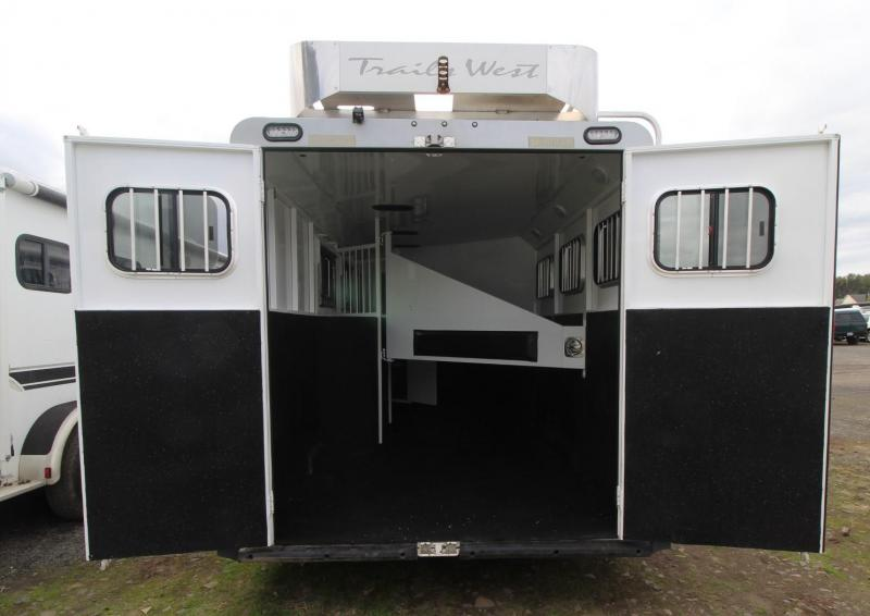 2015 Trails West SIERRA 3 HORSE TRAILER - COMFORT PACKAGE - HAYRACK - MANGERS - AWNING