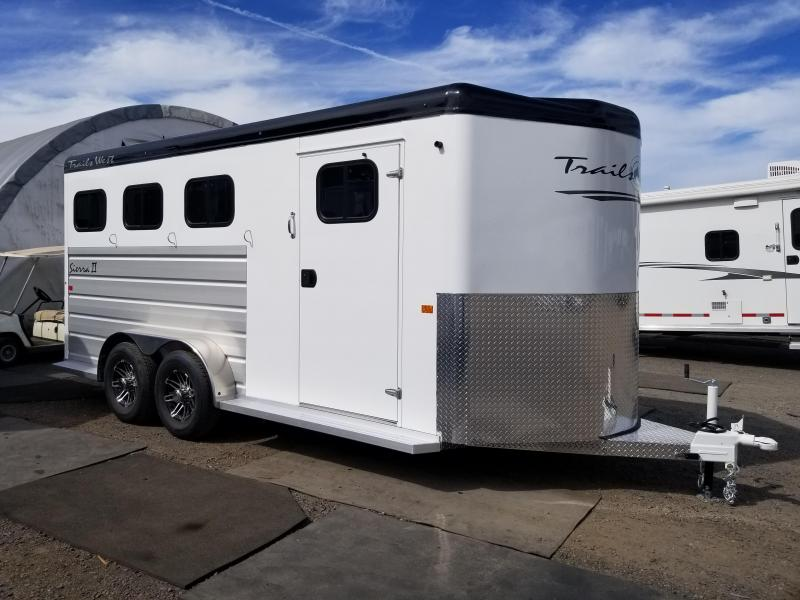 2022 Trails West Sierra BP 3- Horse Trailer- Convenience Package-Comfort Package-Feed Door Safety Screen-Rubber Mats