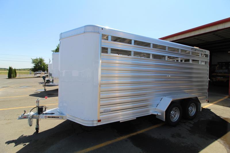 2021 Featherlite 8107 16' Livestock Trailer - Center Gate w/ Sldier