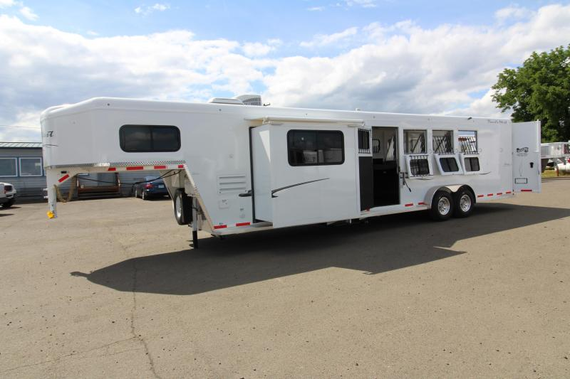 2018 Trails Classic 12x12 Living Quarters 4 Horse Trailer W/ Slide out - Hoof Grip Easy Care Flooring - Side Tack - Escape Door