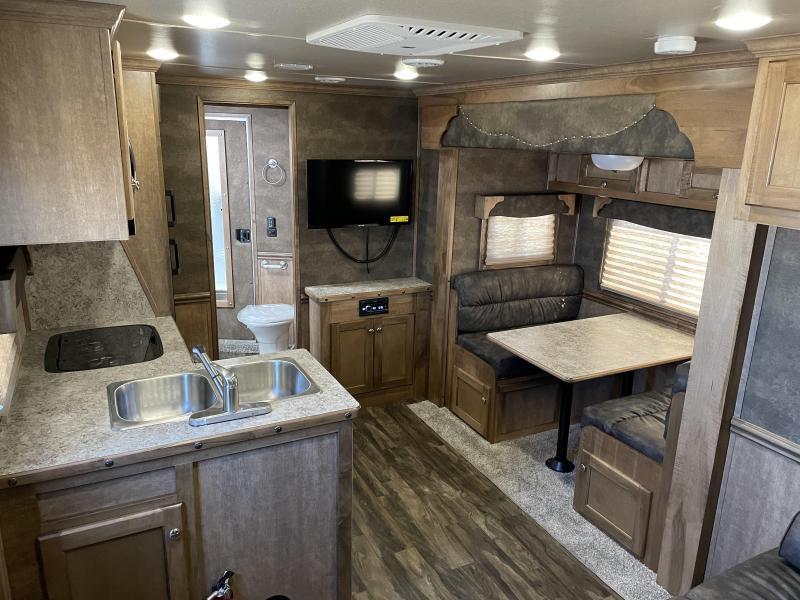 2022 Merhow Stampede 8414 4-Horse Living Quarters - Power Awning - Drop Down Windows & Bars - Slideout with Dinette - Escape Door - Collapsible Rear Tack - Mangers - Aluminum Air-flow Dividers - Jackknife Sofa