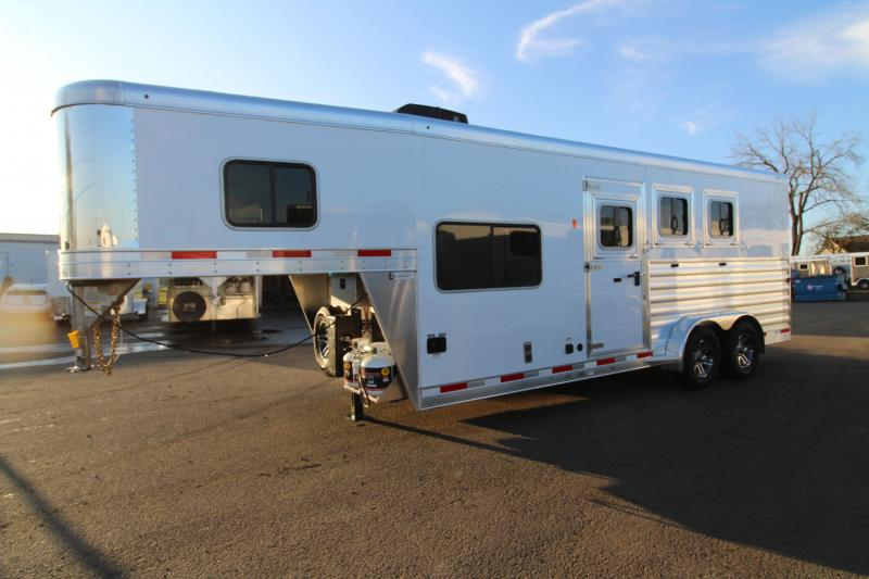 2020 Exiss Escape 7306 LQ Horse Trailer -  All Aluminum Construction -  Drop Down Feed Doors- Roof Vents - PRICE REDUCED $800