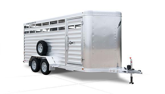 2020 Custom Featherlite 8107 20' Stock - Skid Resistant Floor Livestock Trailer
