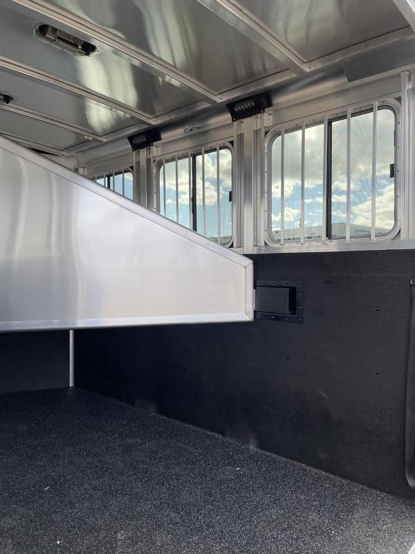 2022 Exiss Express SS 3 Horse Bumper Pull - Easy Care Flooring - Drop Down Windows & Bars