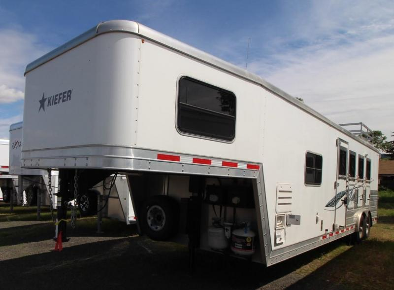 2014 Kiefer Built GENESIS 4 HORSE TRAILER - 10FT SHORT WALL LQ