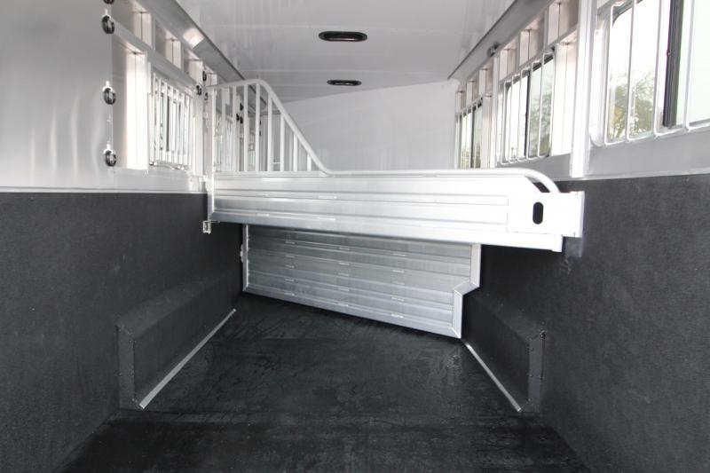 NEW 2019 Featherlite 8542 3 Horse Two-tone Gooseneck All Aluminum Trailer - Extra Wide and Extra Tall! - PRICE REDUCED