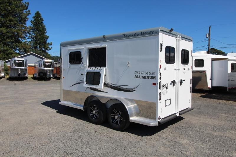 2020 Trails West Sierra Select 2 Horse Trailer - Drop Down Feed Doors - Rubber Wall Mats - Floor Mats - Roof Vents