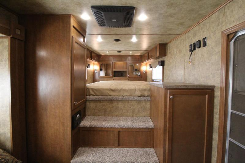 2017 Exiss Endeavor 8414 Glide B - All Aluminum - Escape Door - Stud Panel - Mangers - Easy Care Flooring - 4 Horse Trailer PRICE REDUCED $10000!