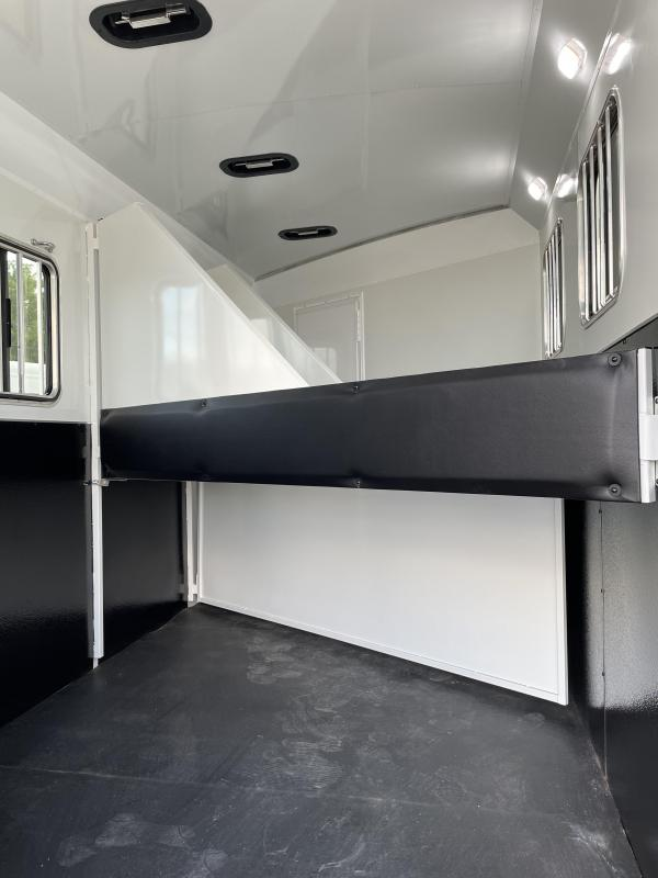 2022 Bison Quickdraw 3 Horse Living Quarters - Power Awning - Escape Door - Stud Wall - Jackknife Sofa - Drop Down Windows & Bars - Manual Jack - Collapsible Rear Tack