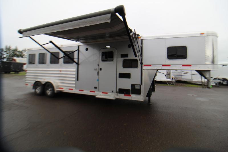 2018 Exiss Trailers 7406 Horse Trailer