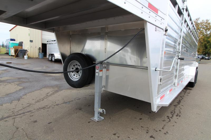 2020 Exiss STK 7024 - 24' Livestock Trailer - All Aluminum Construction - Single Piece Roof - Rear Slider - Dual Center Gates with Sliders