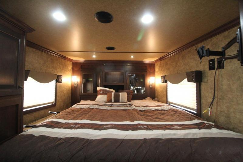2018 Exiss Endeavor 8410 w/ Slide-out  Living Quarters 4 Horse Trailer - Easy Care Flooring - All Aluminum - Lined & Insulated Ceiling PRICE REDUCED $6500