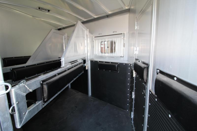 2020 Platinum 12' SW Outlaw Interior-3 Horse Trailer Reverse Slant Side Load-Hay Pod-Generator-Couch + Chair-PRICE REDUCED