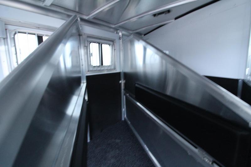 2020 Exiss 7300 - 3 Horse Trailer - All Aluminum Construction - Easy Care Flooring - Back Tack