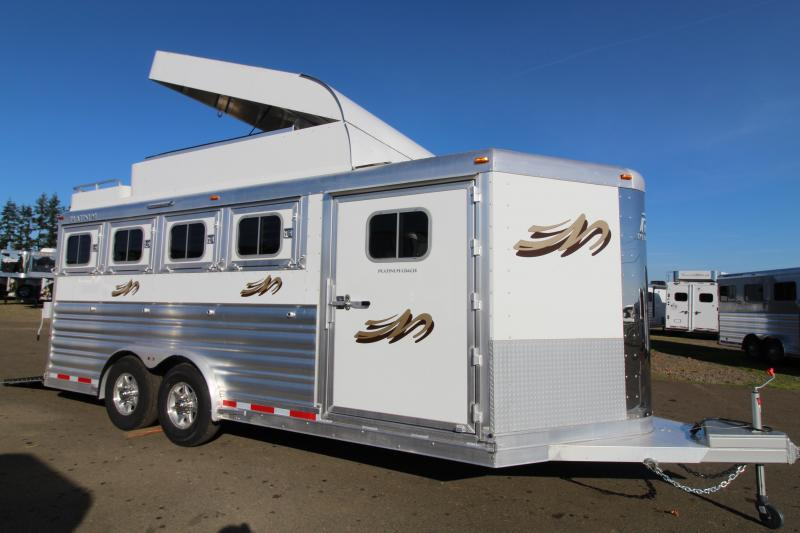 2021 Platinum Coach 4 Horse BP-8' Wide-Hay Pod-Mangers-Rear Ramp