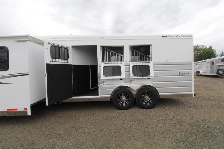 2022 Trails West Sierra LQ 3 Horse 11x15 Slide Out  8' Wide FRT