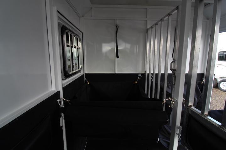 2021 Trails West Royale Plus 2 Horse Straight Load-Dual Escape Doors-Rear Ramp