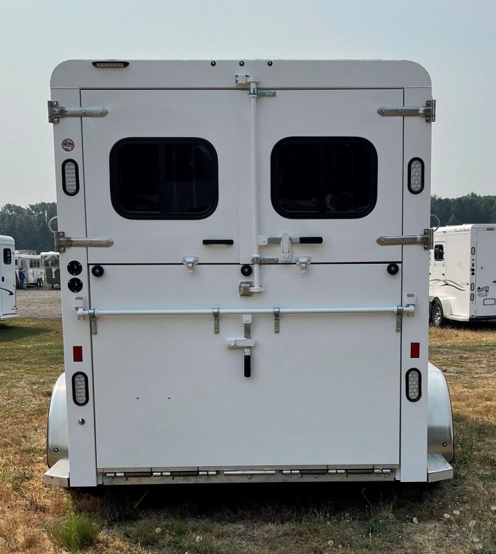 2022 Trails West Royale Plus 2 Horse Warmblood Straight Load Trailer