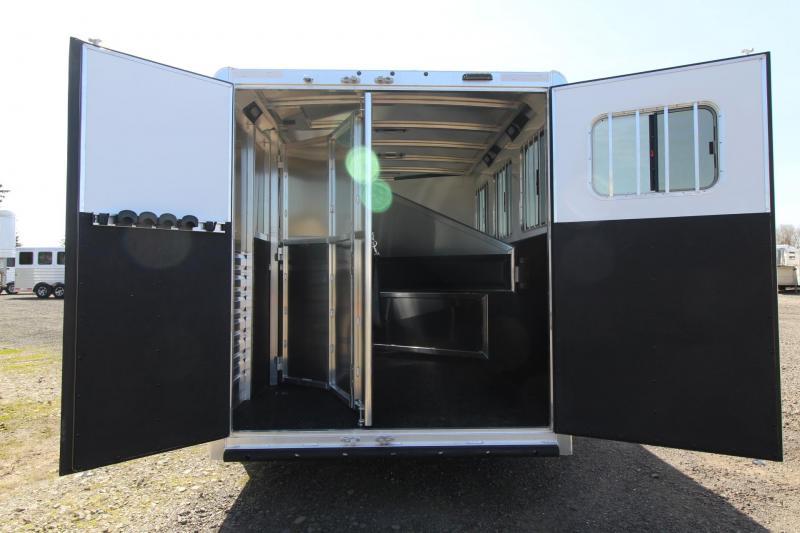 2021 EXISS 7300 ALUMINUM 3 HORSE TRAILER - EASY CARE FLOORING - ESCAPE DOOR - LARGE DRESSING ROOM - REAR TACK