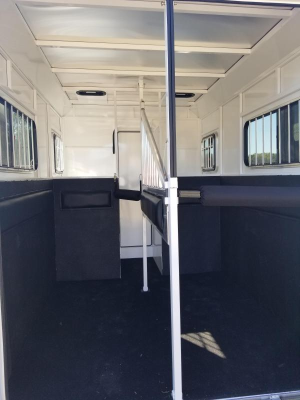 2022 Trails West Royale SxST Warmblood Straight Load 2 Horse Trailer