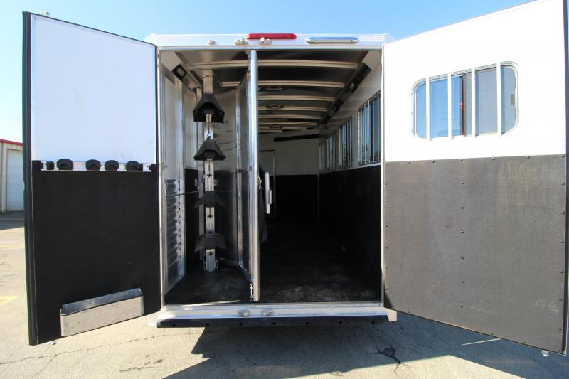 2017 Exiss 7410 Horse Trailer-10' SW-4 Horse-Couch-Stud Divider