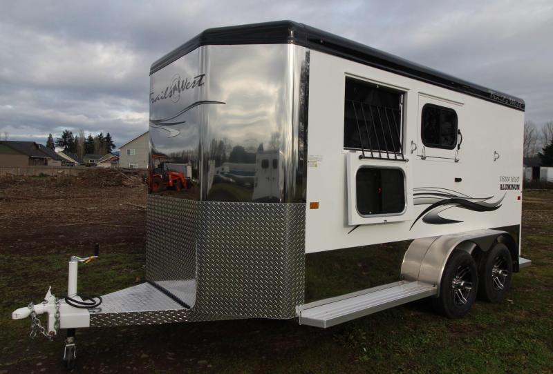 2021 Trails West SIERRA Select II 2 HORSE TRAILER - RUBBER MATS ILO CARPET