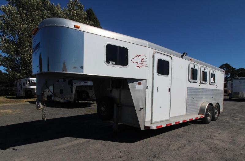 2001 Sooner REVOLUTION 3 HORSE TRAILER - NEW POLYLAST FLOOR