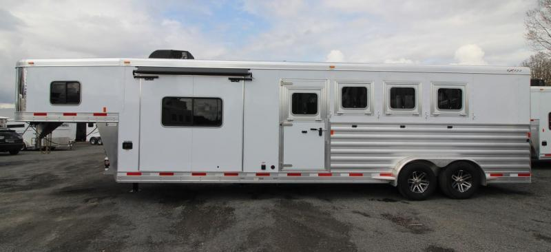"2019 Exiss Escape 7410 - 10'6"" Short Wall Living Quarters w/ Slide 4 Horse - Easy Care Flooring - Upgraded Interior PRICE REDUCED $1900"