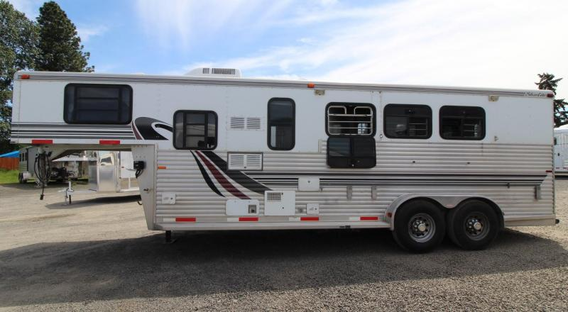 1999 Silver Lite 8ft sw Living Quarters 3 Horse Trailer