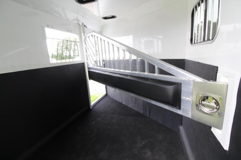 """2019 Trails West Sierra II 7' 6"""" Tall 2 Horse Trailer w/ Escape Door PRICE REDUCED $1100- Convenience Package - One Piece Aluminum Roof"""