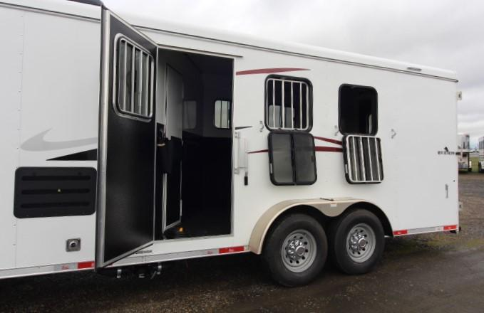 2021 Bison Trailers 7310 Quickdraw Horse Trailer