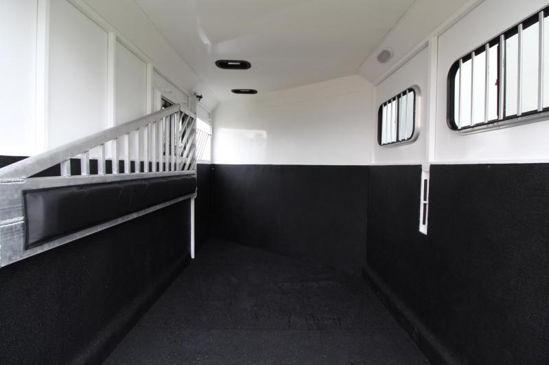 """2019 Trails West Classic II 7'6"""" PRICE REDUCED - 2 Horse Trailer Lined & Insulated Roof Aluminum Skin Steel Frame"""