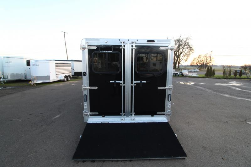 2020 Exiss Exhibitor 720A Livestock Trailer - Removable & Convertible Pen System - Air Gaps w/ Plexiglas - Tack Room - Rear Ramp