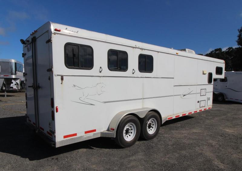 2003 American Trailers 3 HORSE TRAILER - MID TACK Horse Trailer