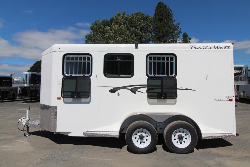 2021 Trails West ADVENTURE MX II 3 HORSE TRAILER - DROP DOWN WINDOWS